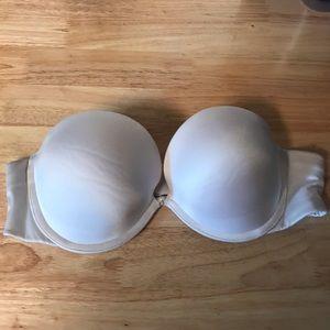 36B Victoria's Secret very sexy strapless bra